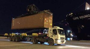 Transporte dos contêineres